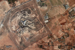 Satellite image of Sednaya military prison (©Google/Maxar Technologies 2020).